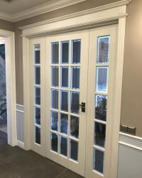 Тройная дверь Мерано 5 стекло рефлект с фацетом бронза и голубой